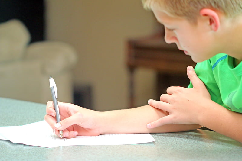 5 things you MUST do before giving your child a cell phone.