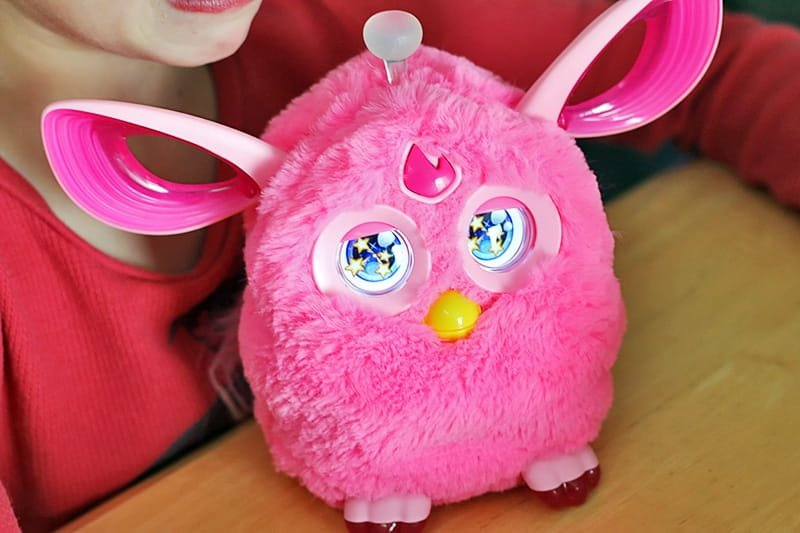 Furby Connect - This Season's Hottest Holiday Toy from Hasbro is so much fun and worth the hype.