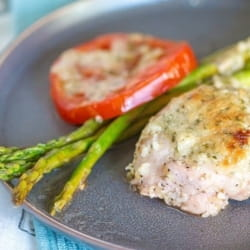 This delicious low carb sheet pan garlic Parmesan lemon chicken with asparagus is a quick, easy and delicious one-pan keto meal for the whole family.