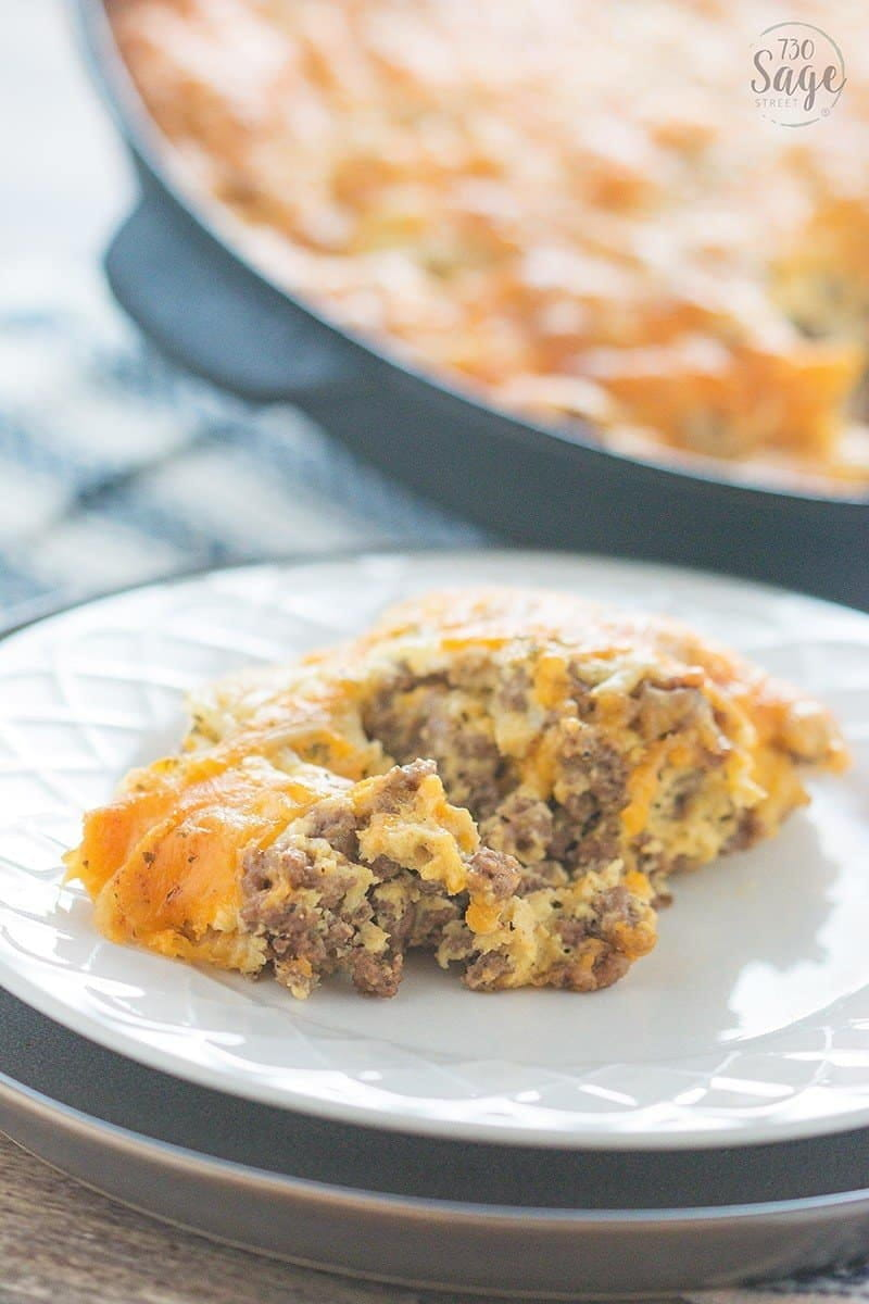 Easy low carb cheeseburger pie! Bake this in a skillet or casserole dish for a quick, delicious meal, the whole family will enjoy.