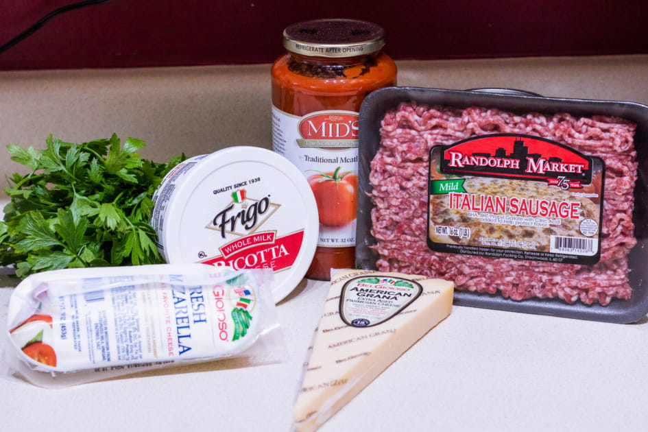 Ingredients for making Low Carb Lasagna Bowls