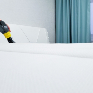 How To Clean A Mattress and Eliminate Stains