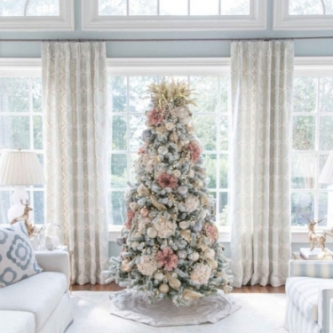 wide open light white and rose tree decoration