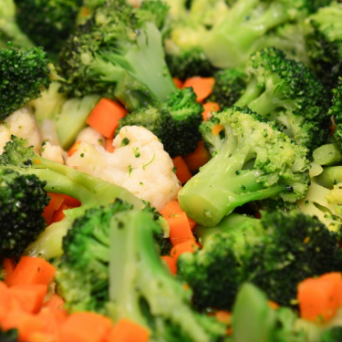 Steamed Broccoli, Carrots, and Cauliflower